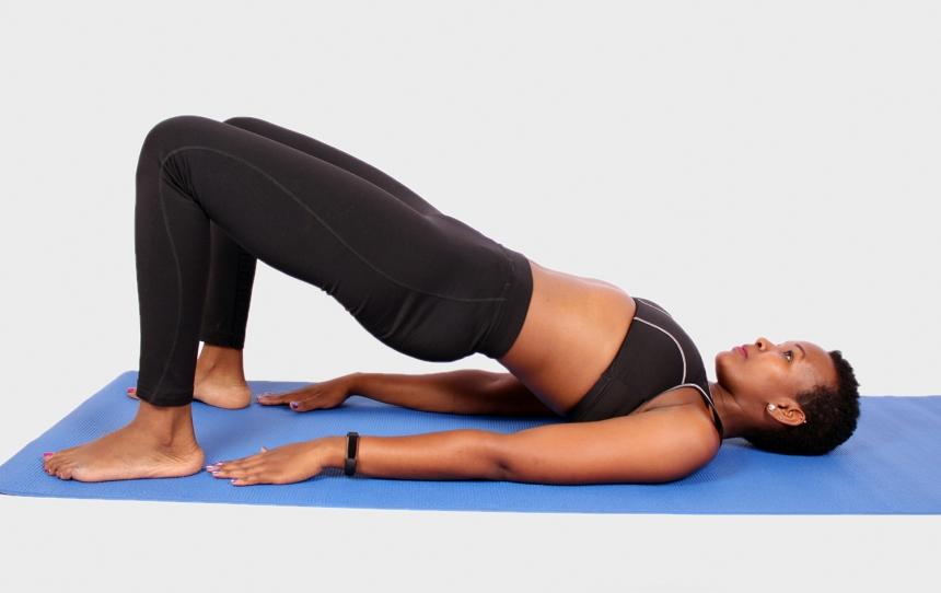 Yogi-doing-glute-bridges-exercise